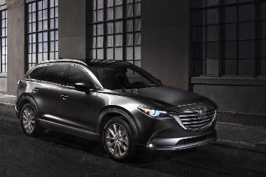 10. 2019_MAZDA_CX9_FRONT_RIGHT